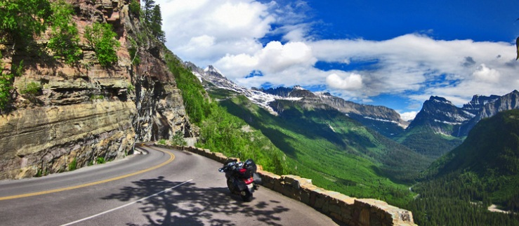 glacier-national-park-motorcycle.jpg